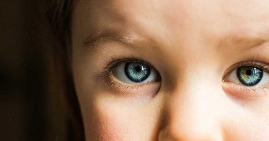 Oftalmologia Pediátrica: sinais, sintomas e o que fazer