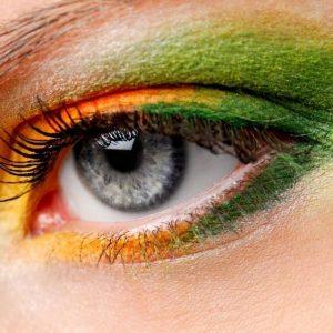 Quando a maquilhagem causa o Síndrome do Olho Vermelho