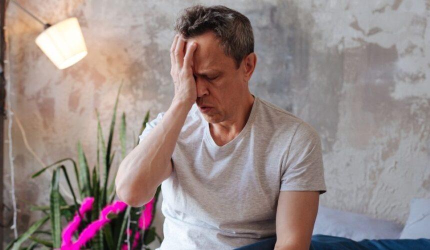 3 razões comuns para ter os olhos secos pela manhã